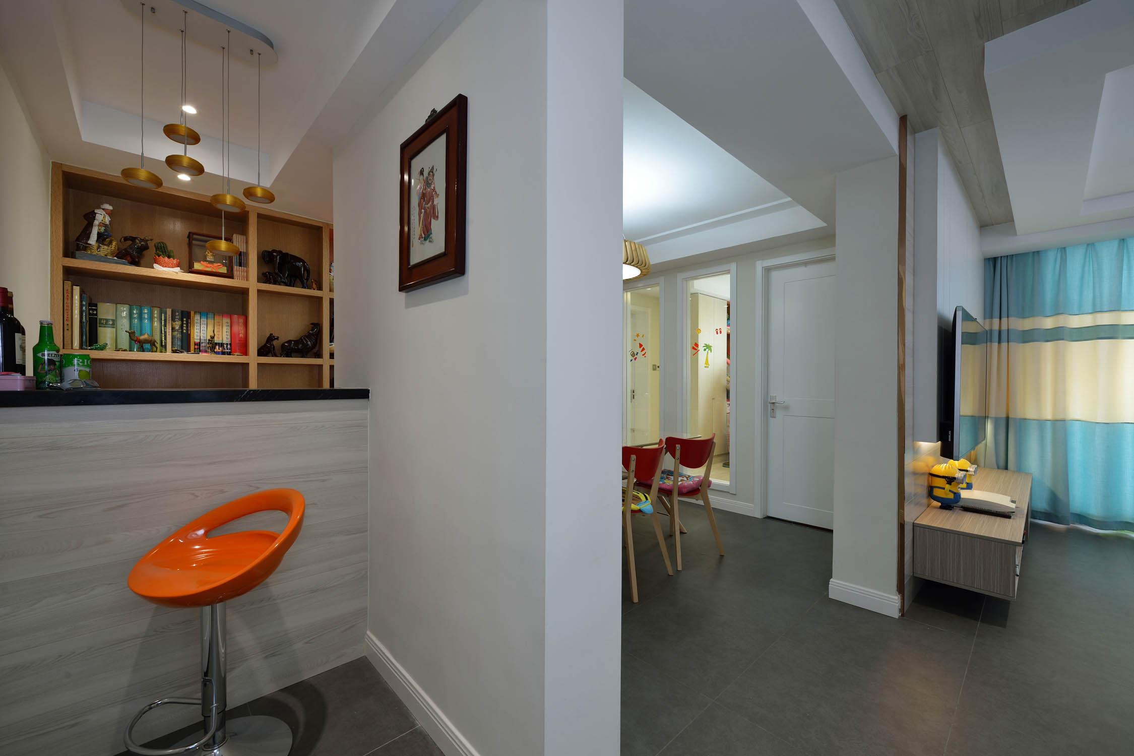 三居室简约风格装修吧台设计