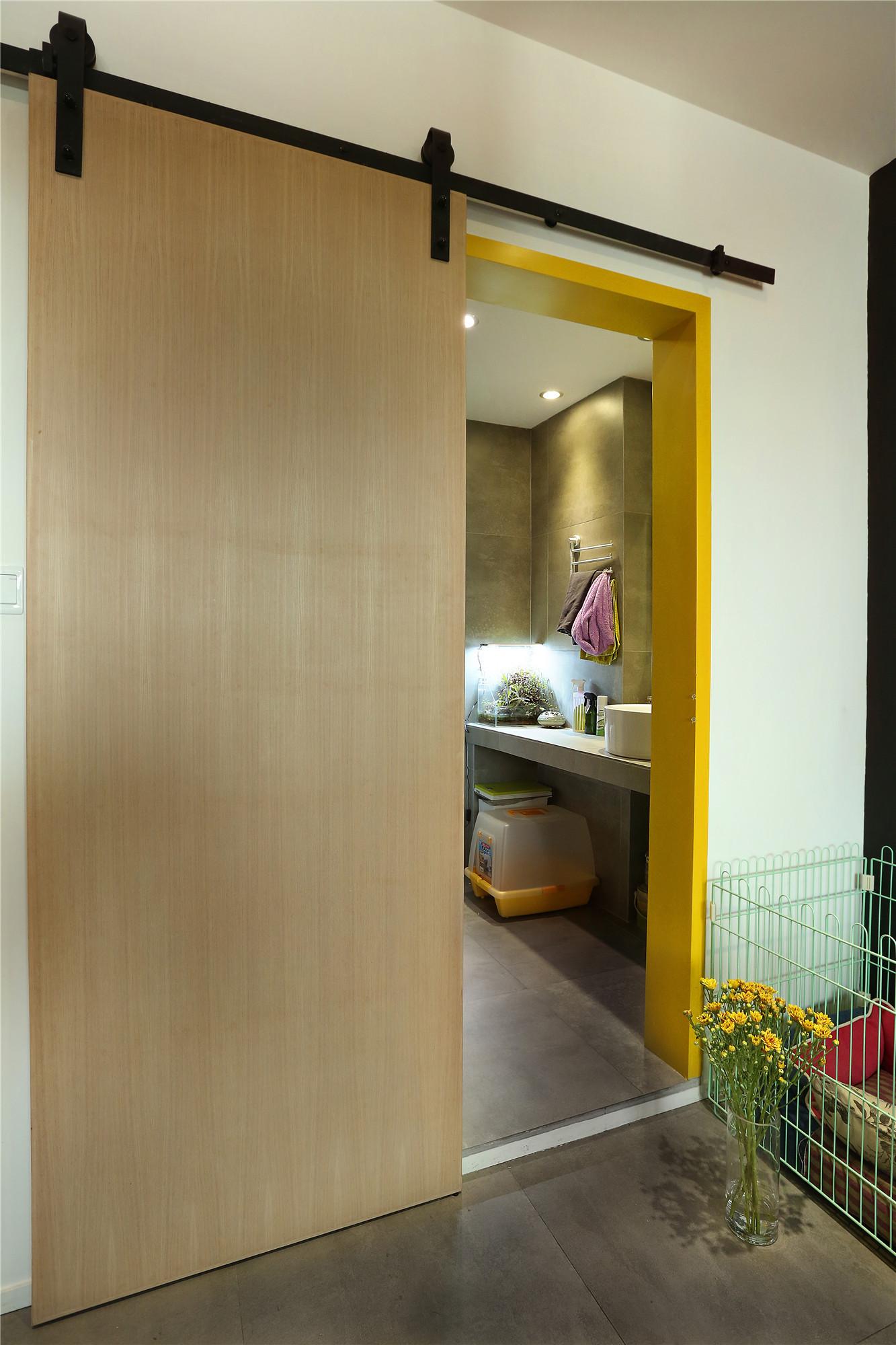 30平蜗居设计浴室门图片