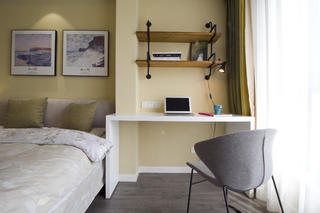 现代简约二居装修卧室工作区