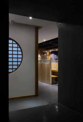 日式餐厅装修过道设计