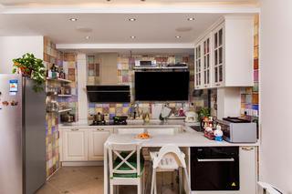 二居室现代美式家厨房吊顶