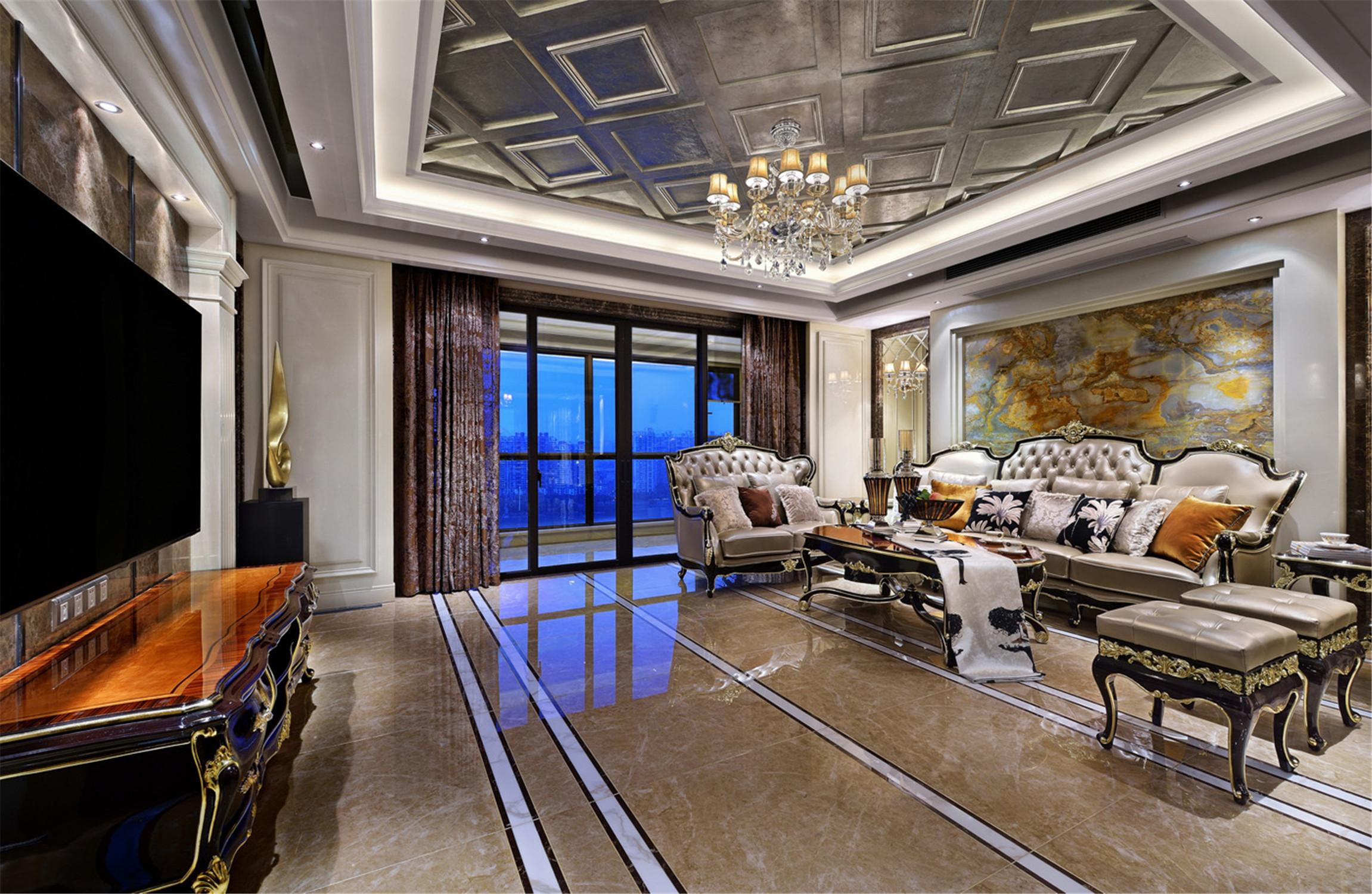 大户型新古典装修客厅吊顶设计