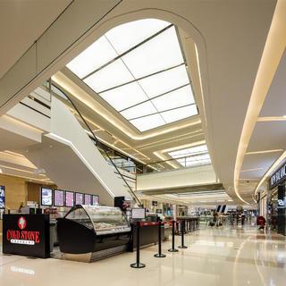 大型购物中心装修实景图