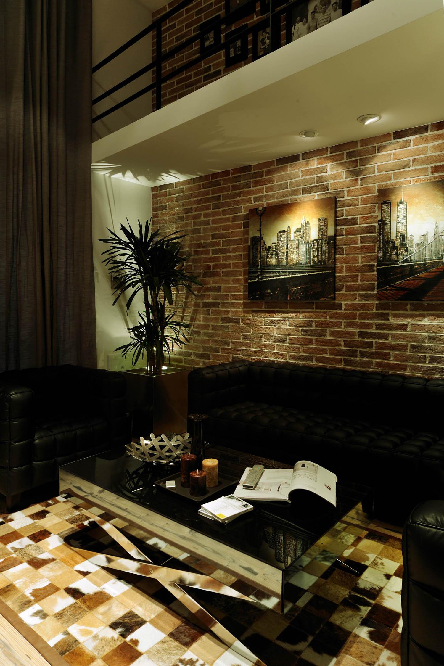 现代简约loft风格装修沙发背景墙图片