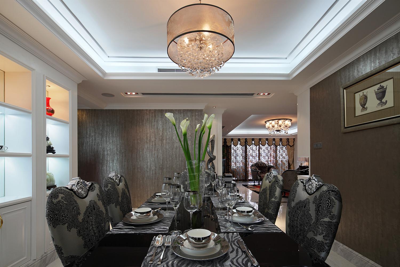 160平新古典装修餐桌图片