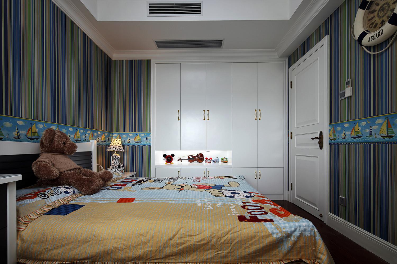 160平新古典装修衣柜图片