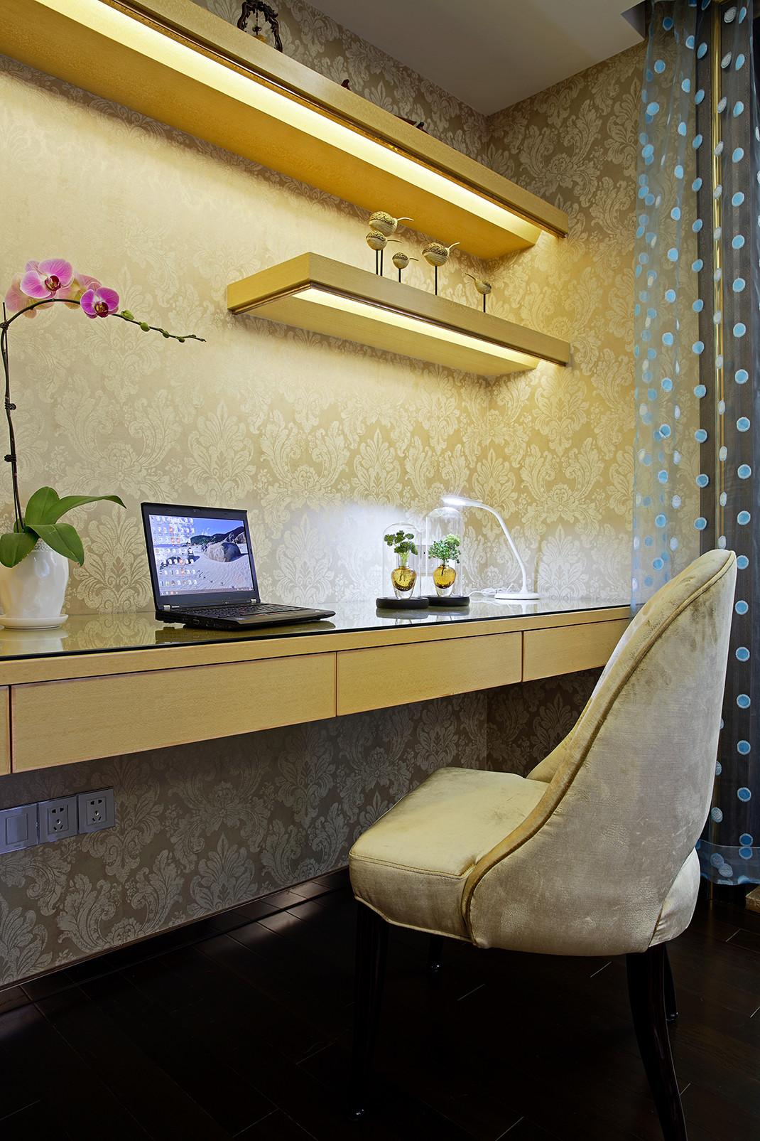 美式别墅装修书桌图片