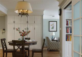美式风格三居之家衣帽柜图片