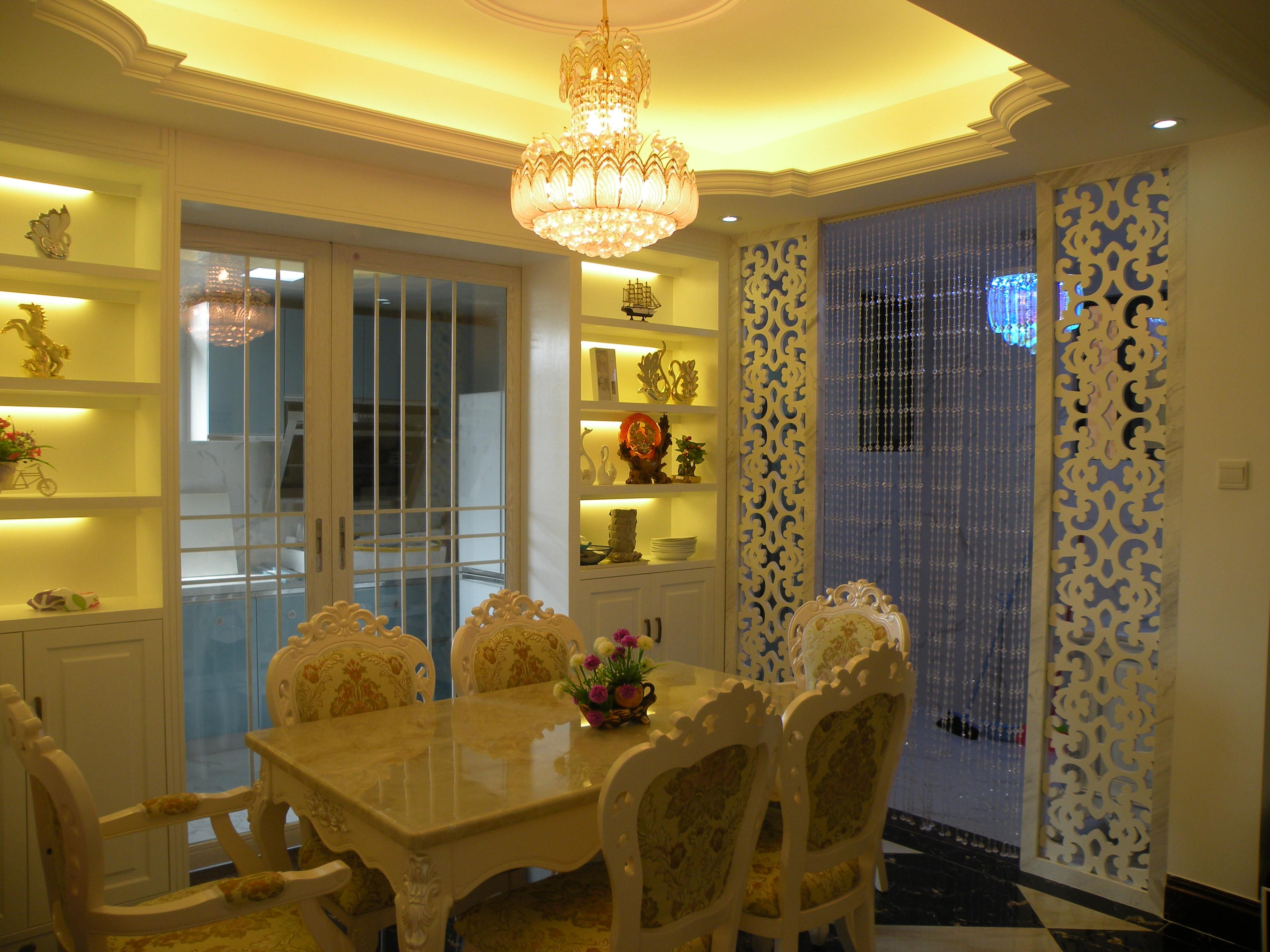 150平欧式风格装修餐厅装潢图