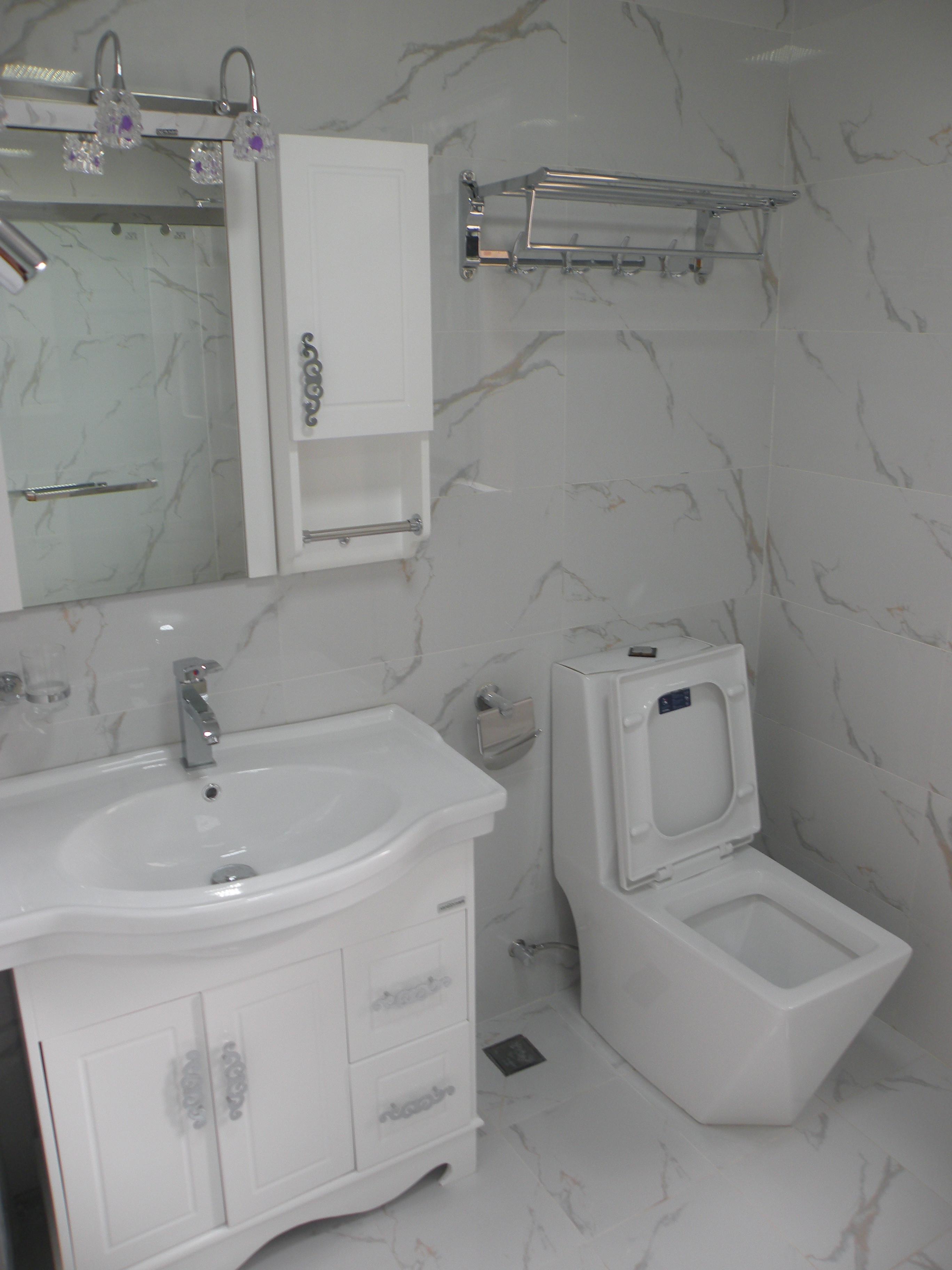150平欧式风格装修卫生间效果图