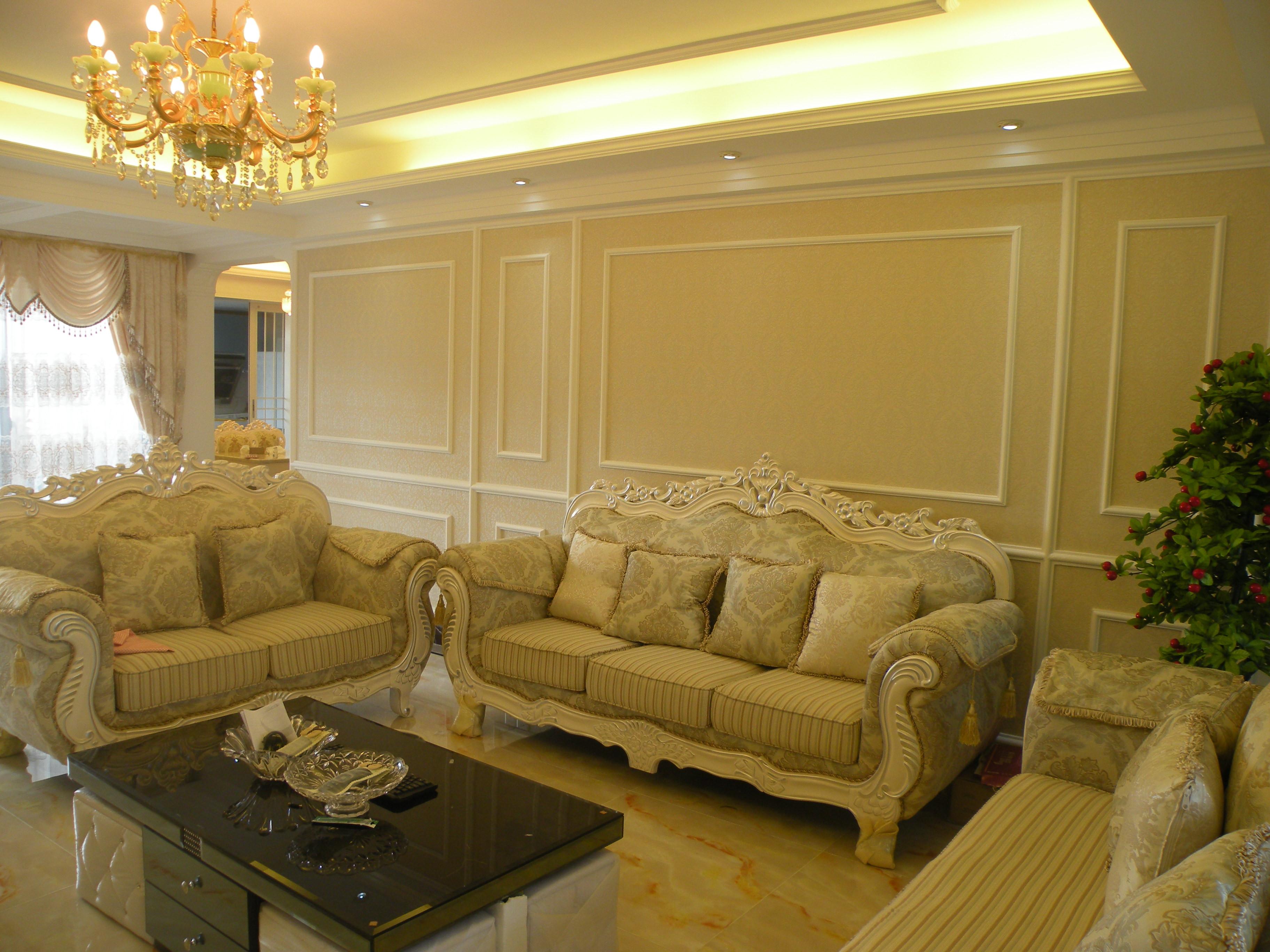 150平欧式风格装修沙发背景墙图片