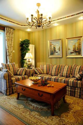 美式乡村三居室装修沙发背景墙图片