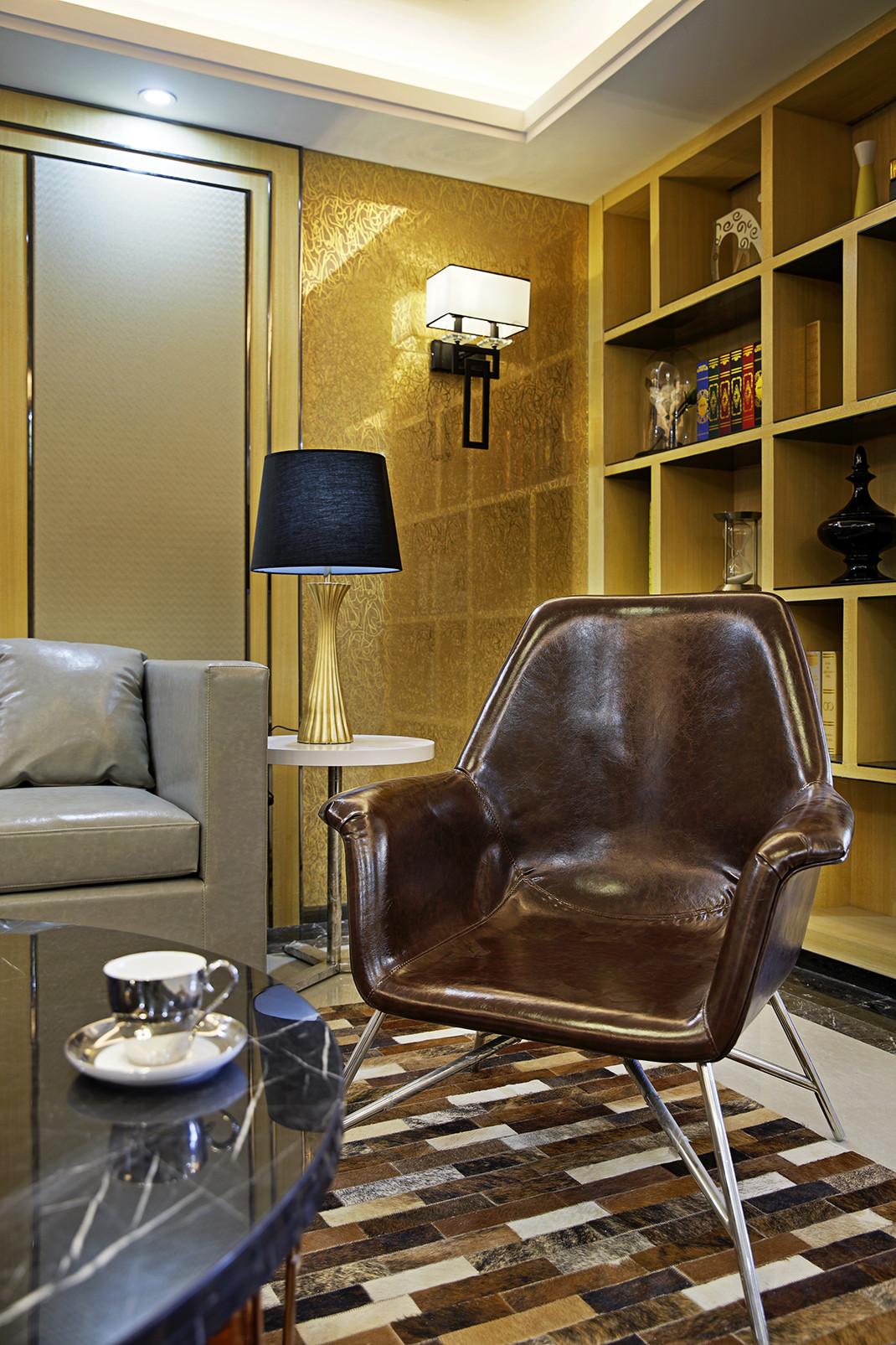 现代时尚三居椅子图片