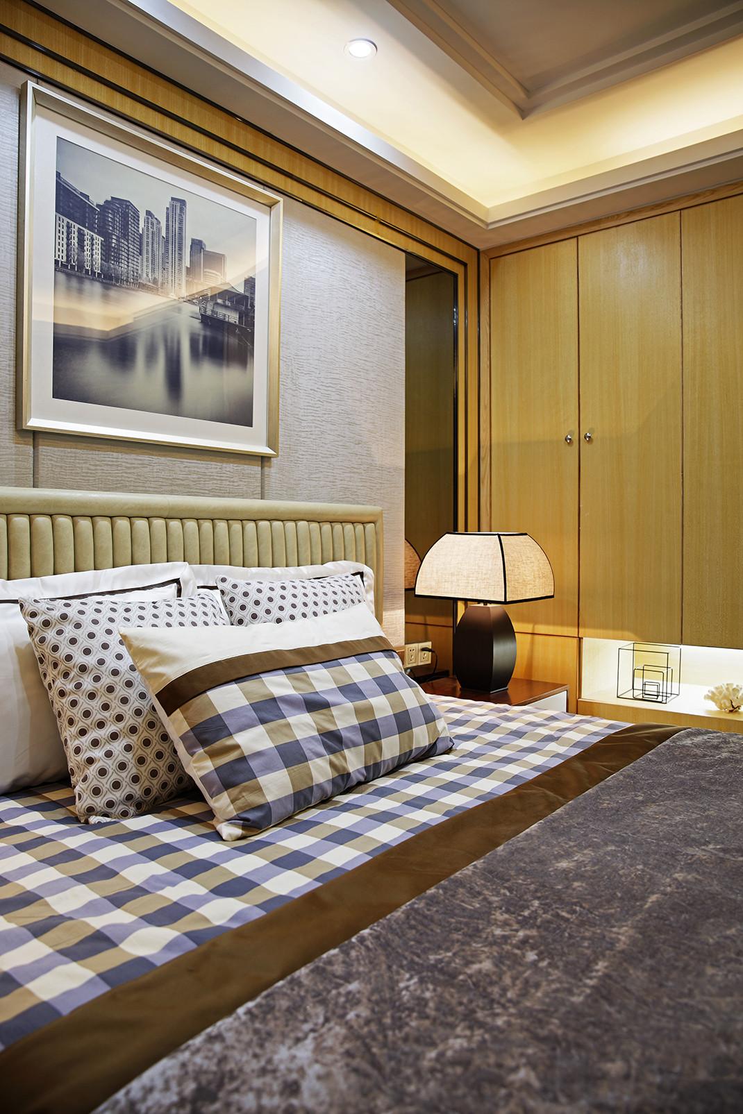 现代时尚三居床品图片