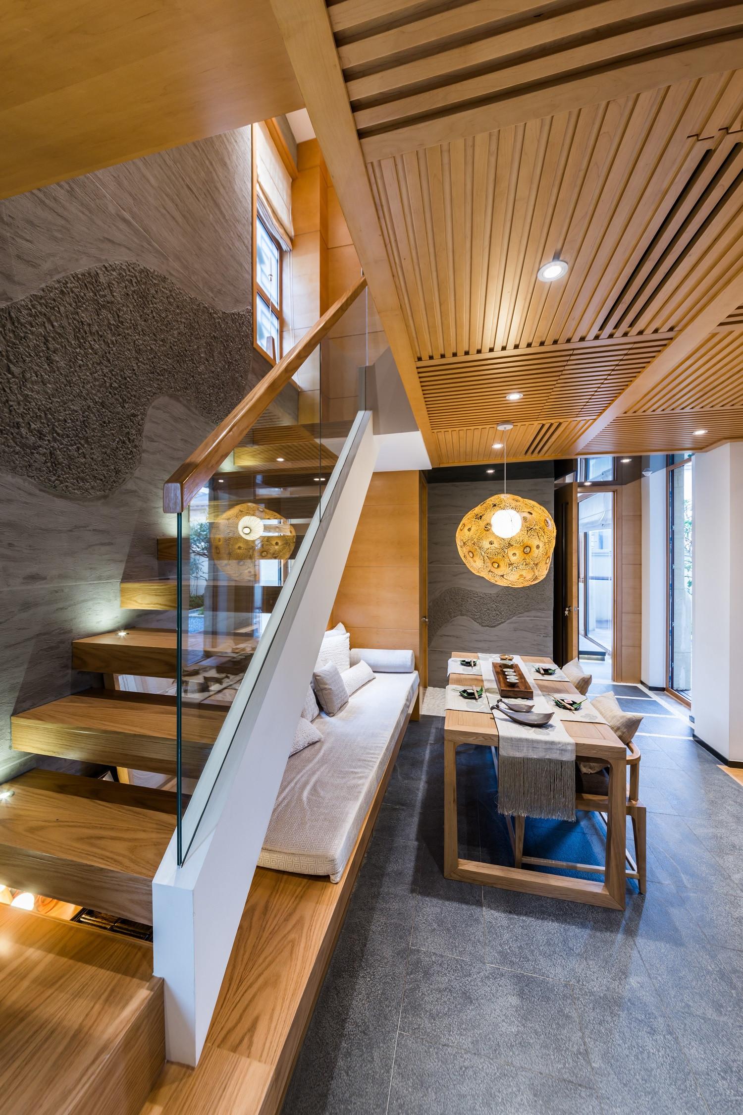 日式别墅装修楼梯设计
