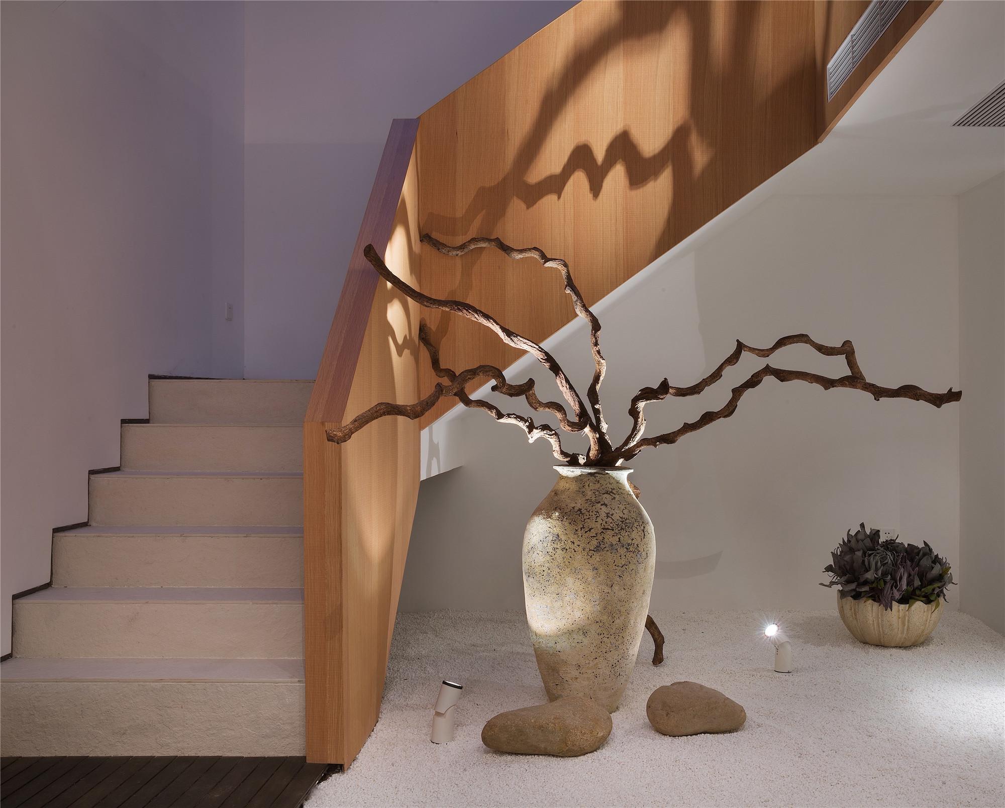 简约中式别墅装修楼梯设计