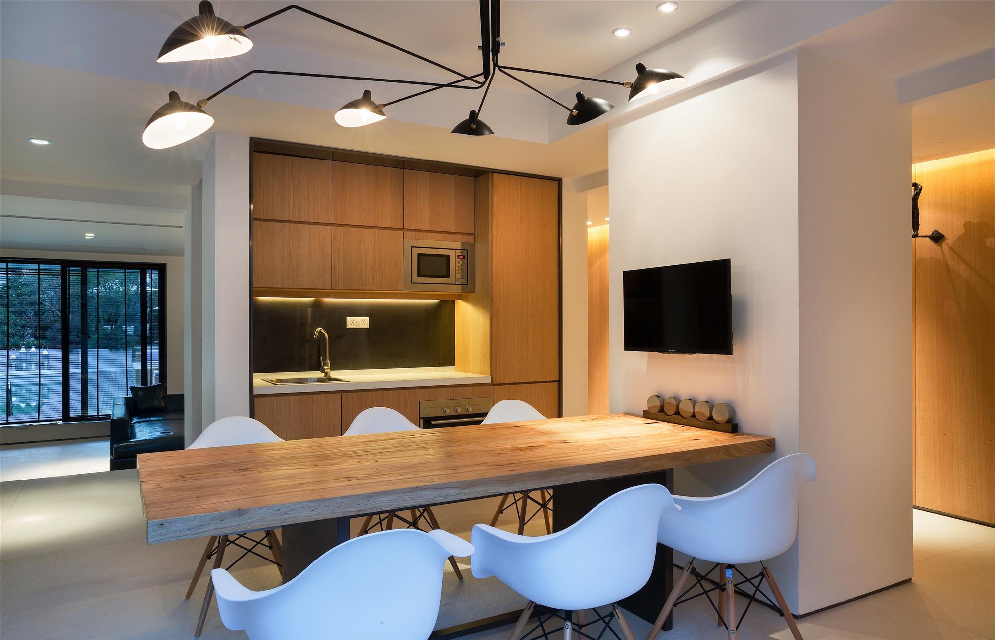 简约中式别墅装修餐桌图片