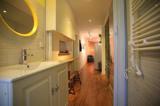 小户型单身公寓装修洗手台图片