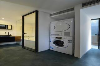 简约混搭loft风装修过道洗衣区