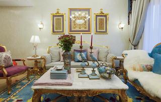 法式复式装修沙发背景墙图片