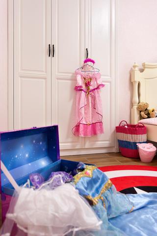 120平美式风格装修儿童房娱乐区