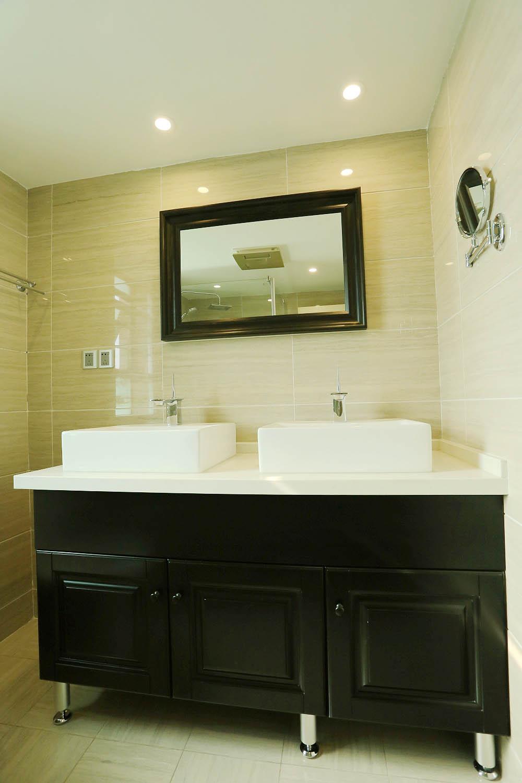 三居室摩登美式家浴室柜图片