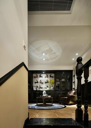 复式三居装修客厅吊顶