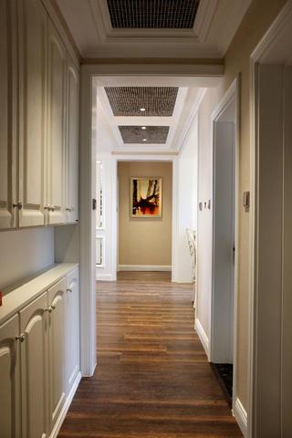 欧式三居装修玄关走廊