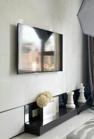 现代简约风三居室装修电视背景墙图片
