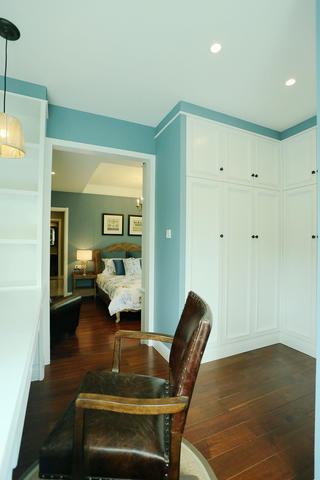 80平现代美式家衣柜图片