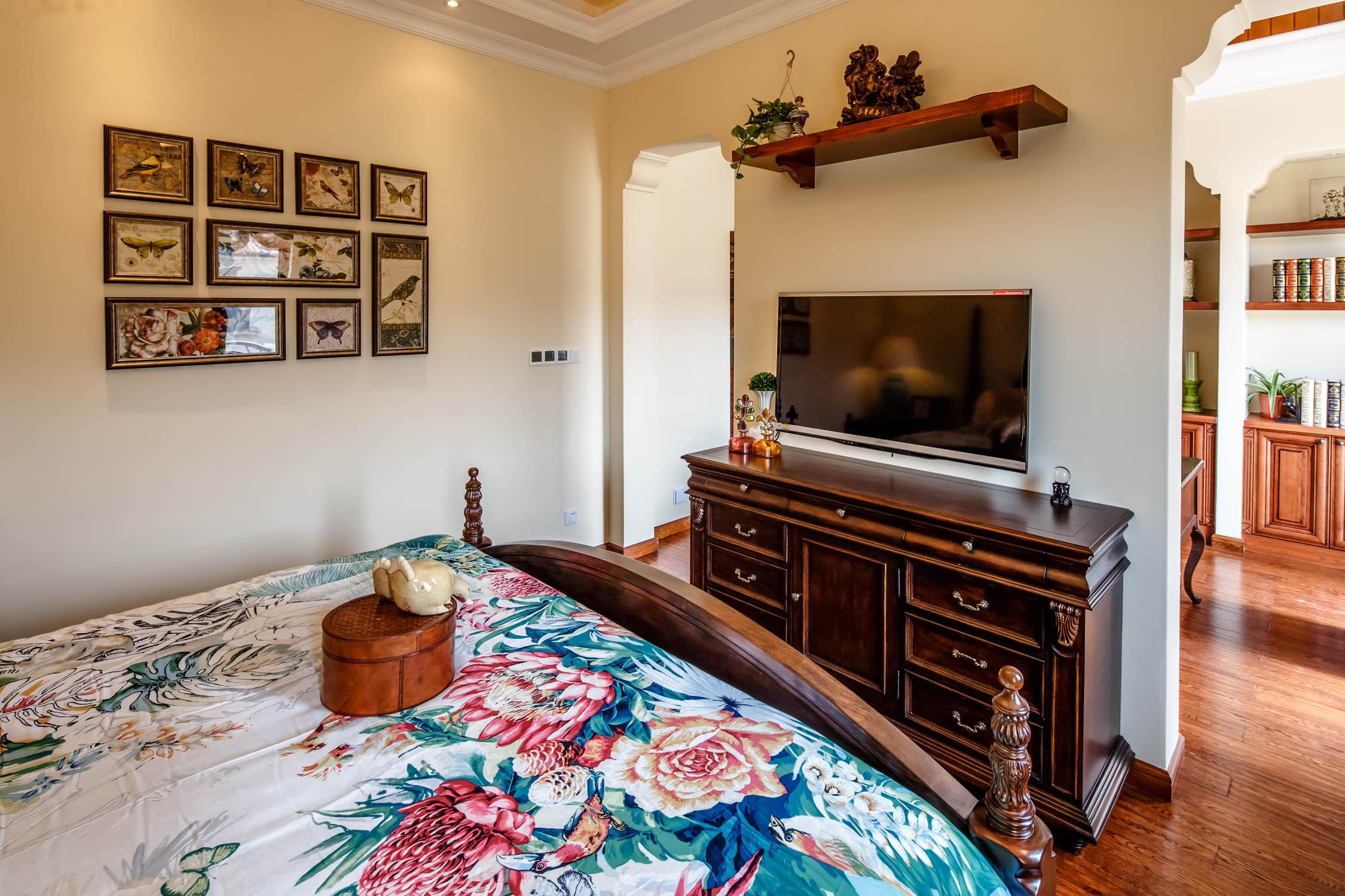 地中海风格别墅装修电视柜图片
