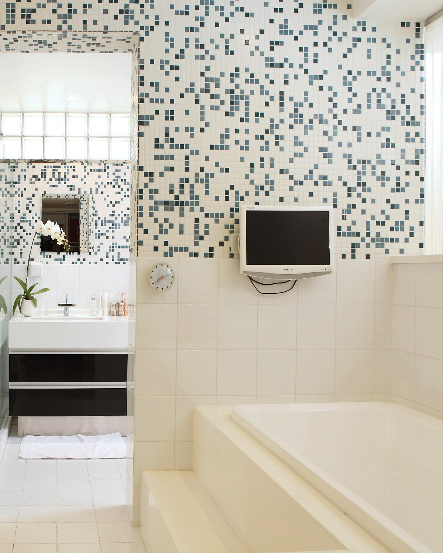 大户型现代简约装修浴缸图片