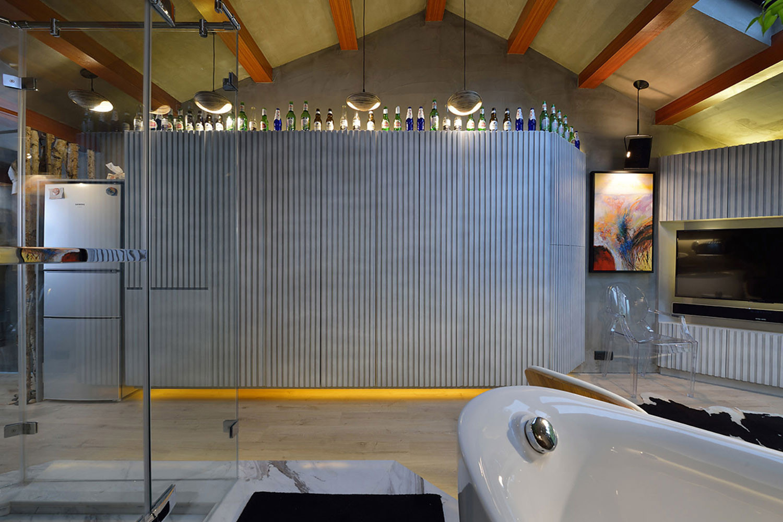 60平Loft工业风设计储物柜图片