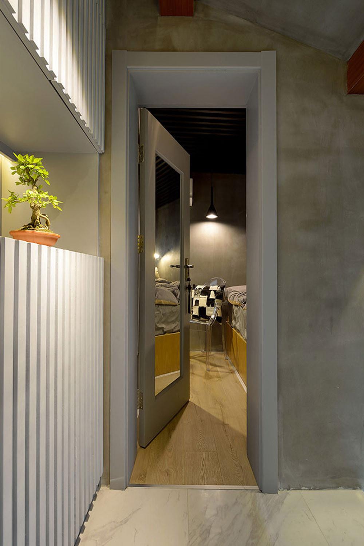 60平Loft工业风设计卧室门图片