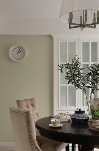 美式风格三居餐桌椅图片