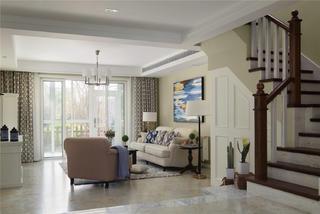 美式风格三居客厅吊顶