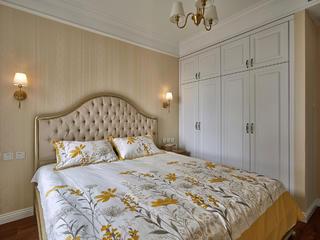 美式二居装修卧室背景墙图片