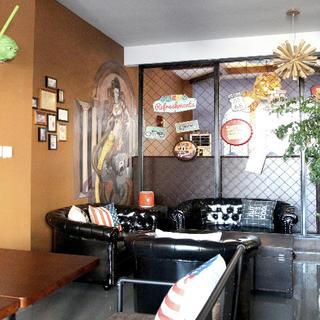 120平混搭风咖啡厅装修实景图