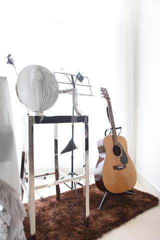 120平简约三居装修乐器图片