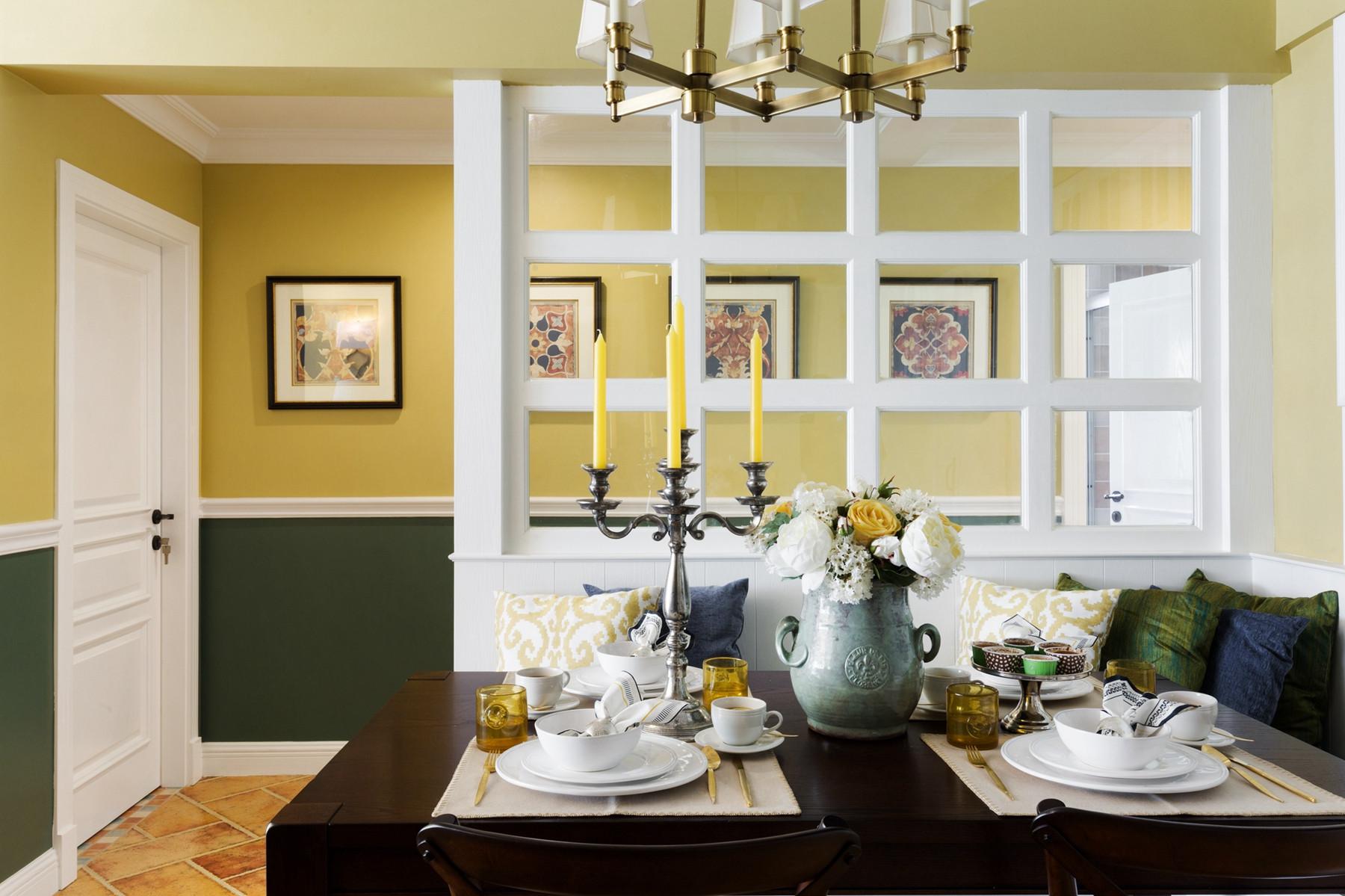 美式风格三居之家木质造型隔断设计
