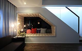 现代复式装修楼梯间休闲区