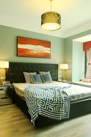100平新中式设计卧室实景图