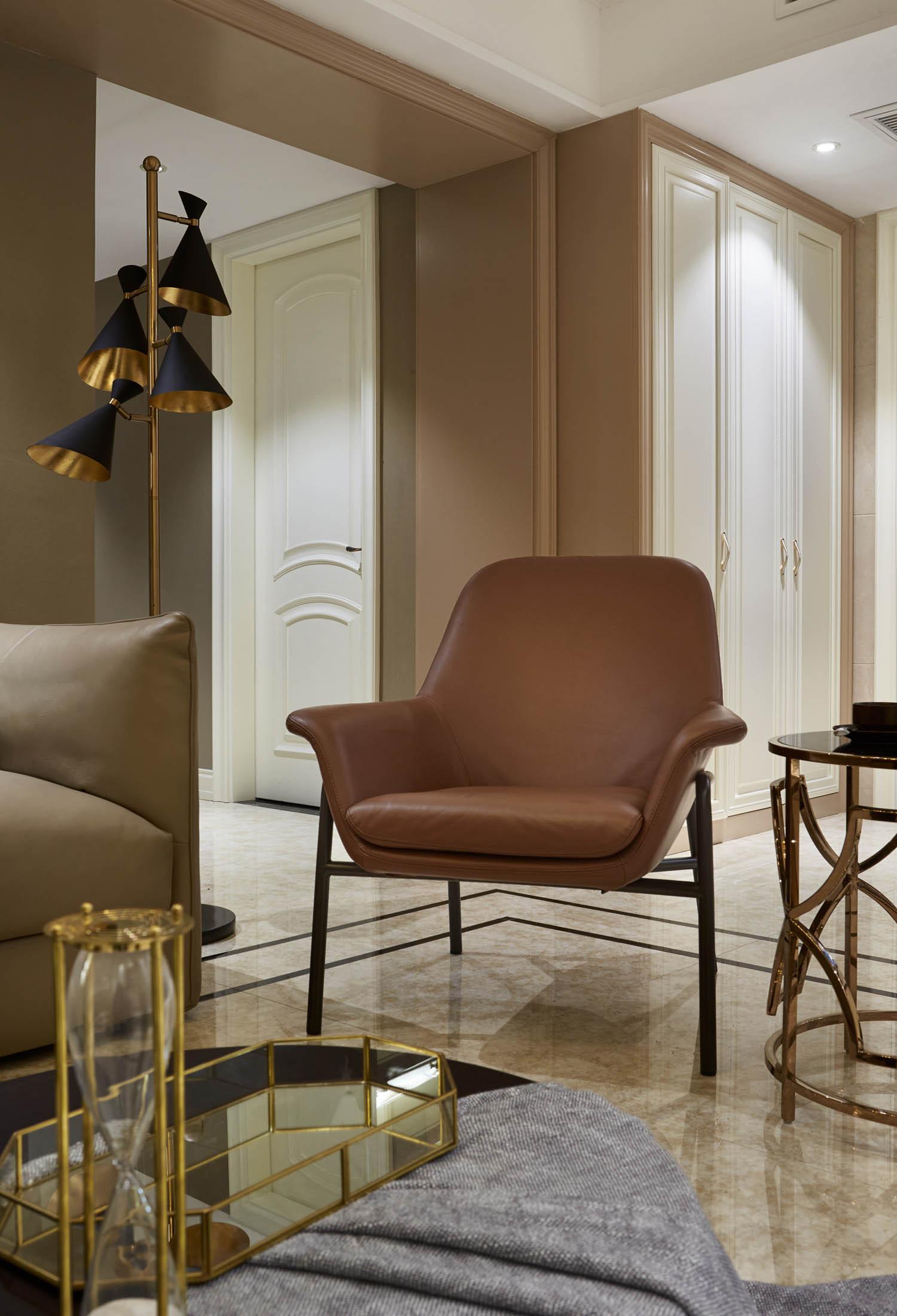 130㎡现代简约装修椅子图片
