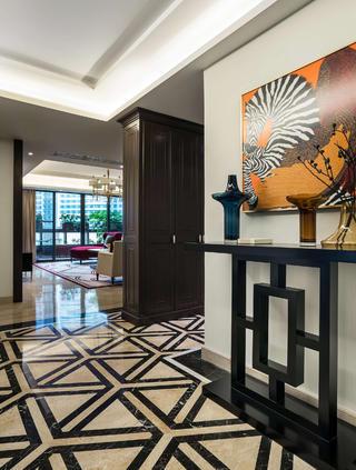 大户型美式装修门厅设计
