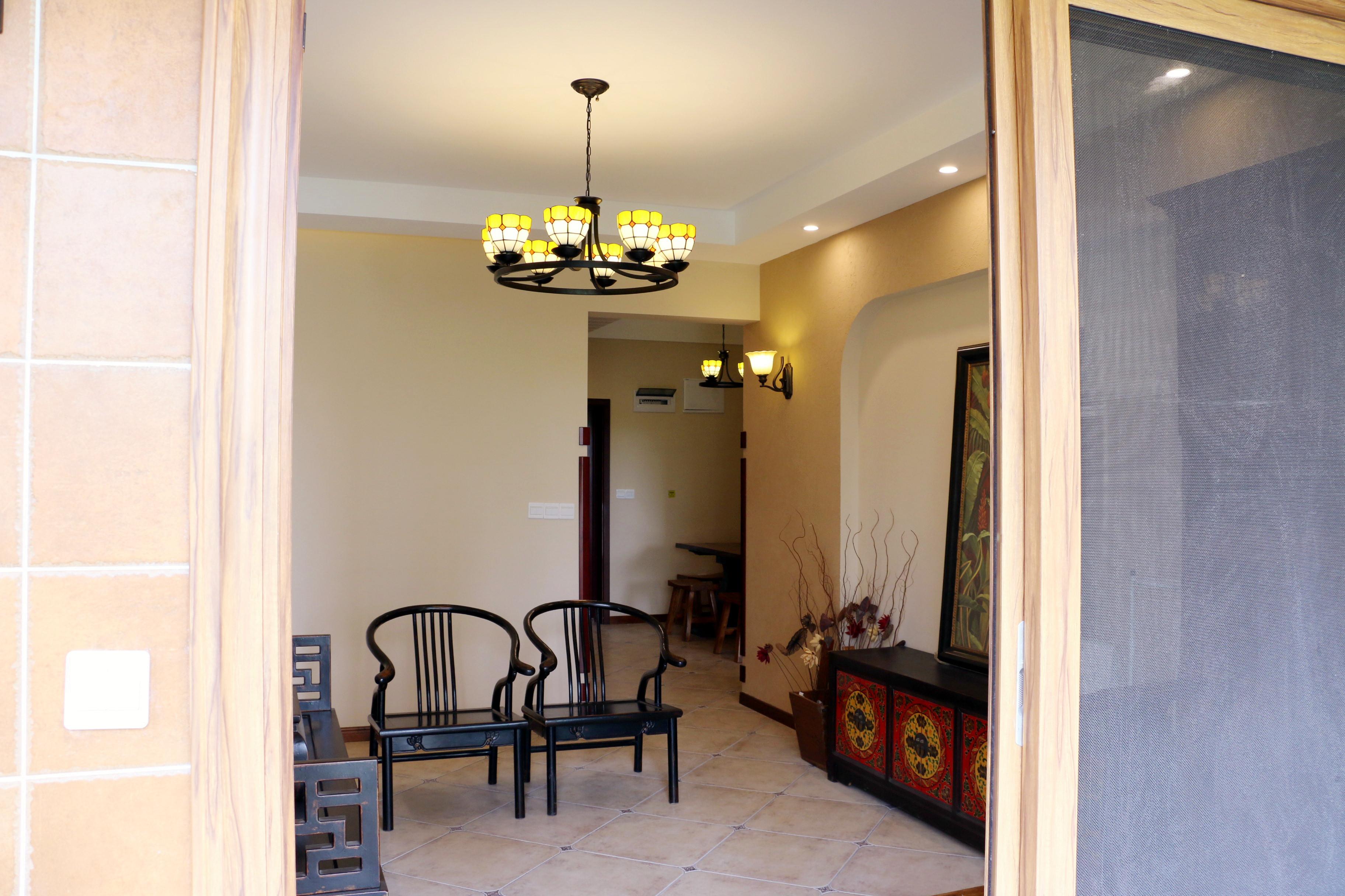 中式风格装修客厅吊顶