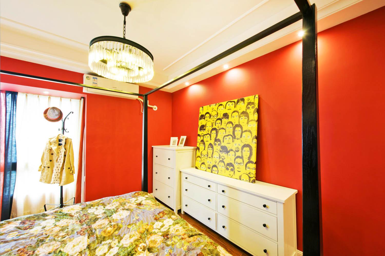 简美三居装修卧室背景墙图片