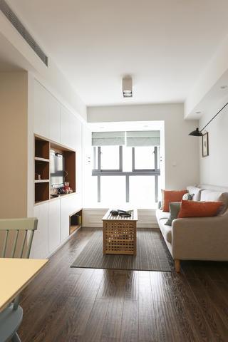 63平小户型之家客厅布置图