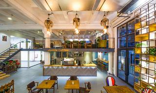 Loft风格咖啡厅装修吊顶设计