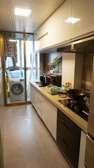 混搭风格二居装修厨房布局图