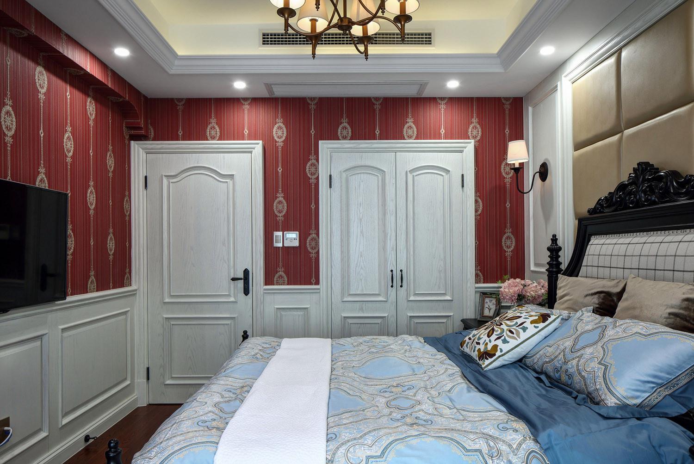 美式复式装修床上用品图片